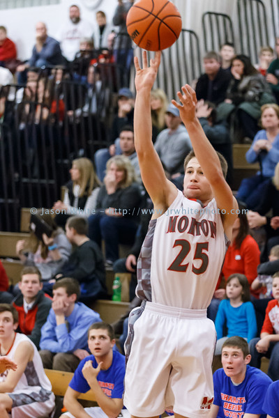 20150130_morton_vs_metamora_basketball_141