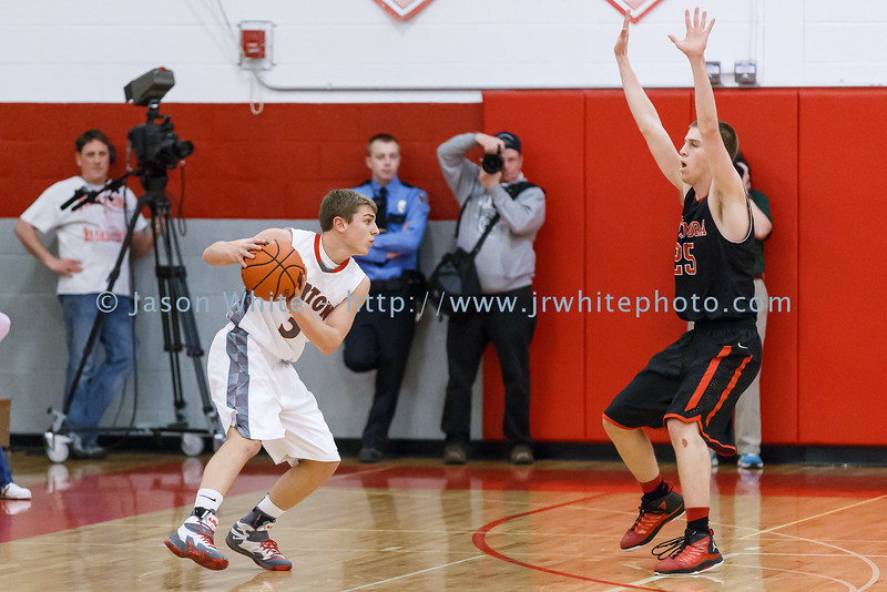 20150130_morton_vs_metamora_basketball_022