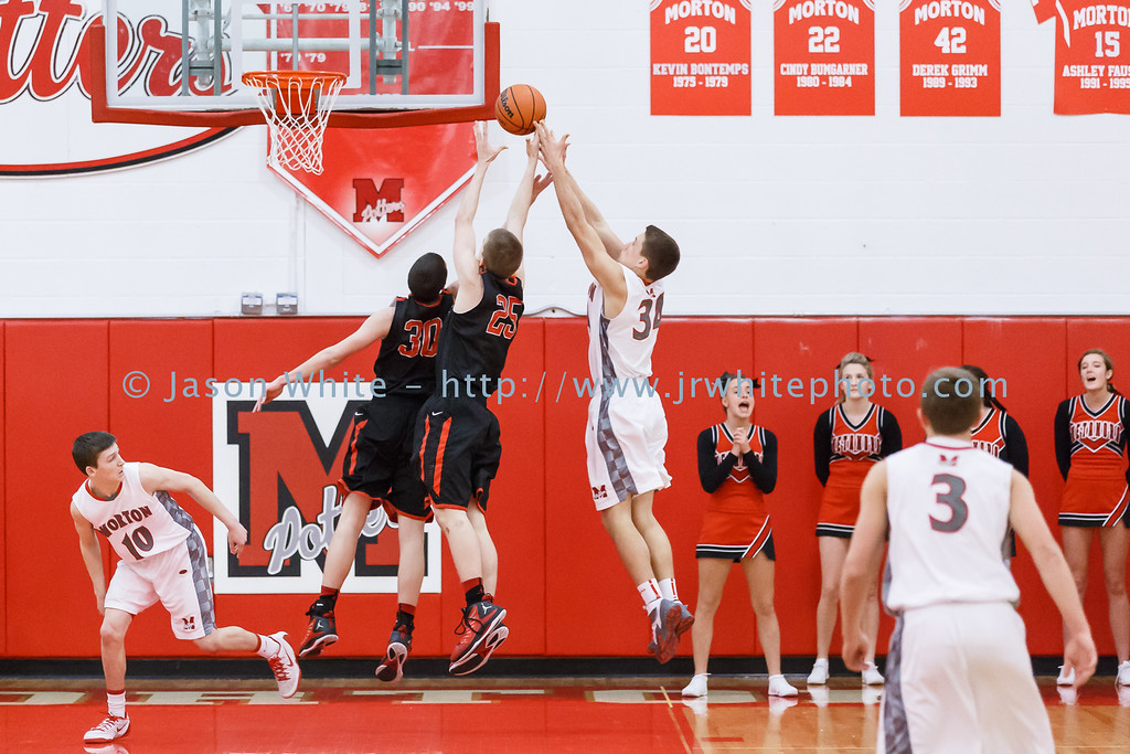 20150130_morton_vs_metamora_basketball_014