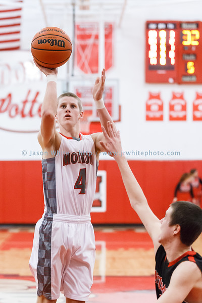 20150130_morton_vs_metamora_basketball_190