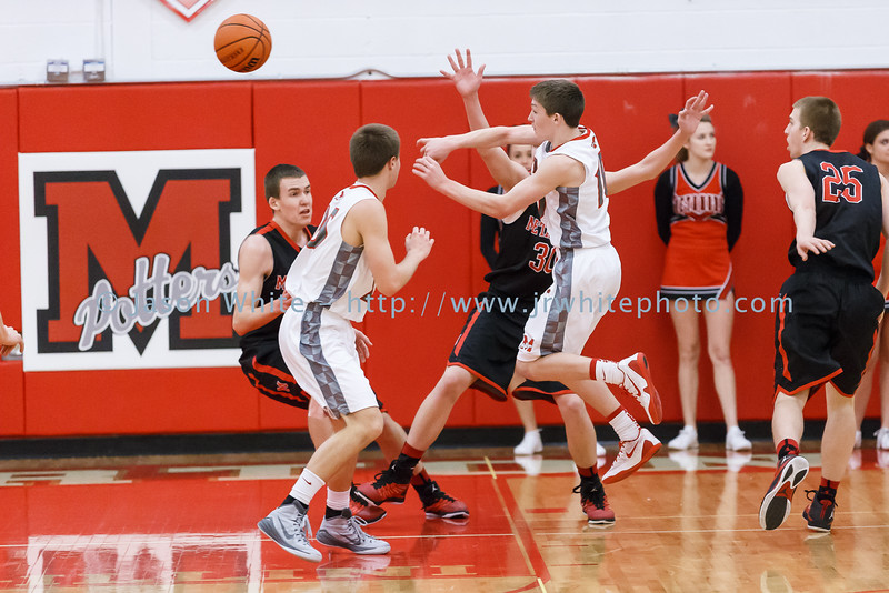 20150130_morton_vs_metamora_basketball_020