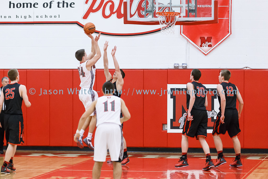 20150130_morton_vs_metamora_basketball_034
