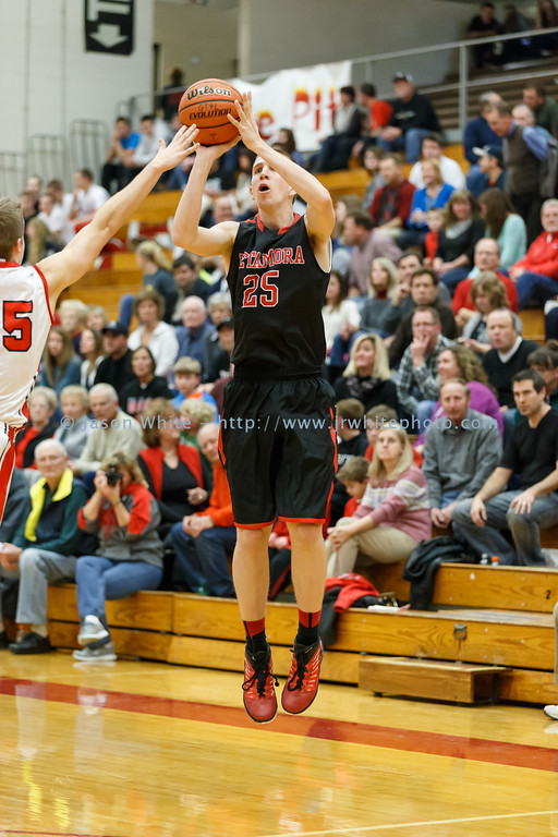 20150116_pekin_vs_metamora_basketball_014