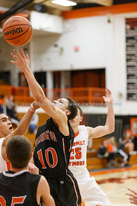20150117_washington_vs_mahomet_basketball_043