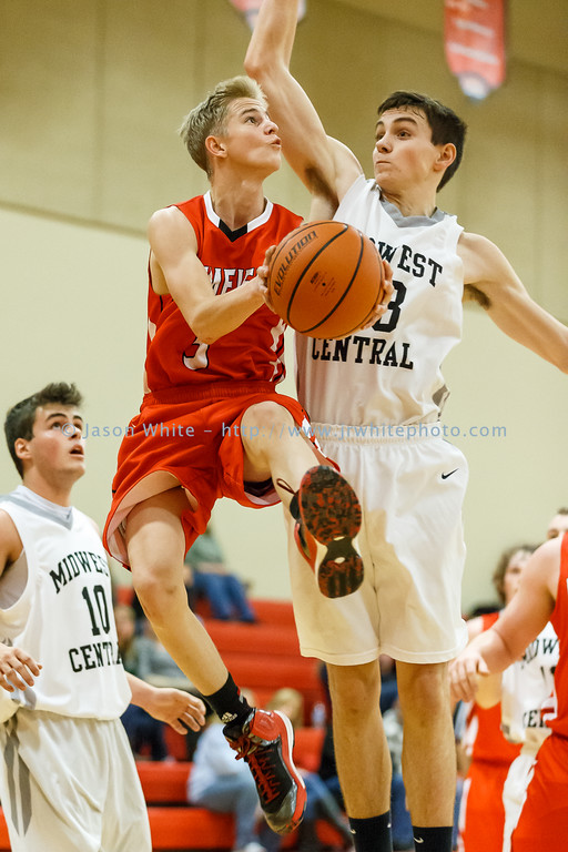 20151124_brimfield_vs_midwest_central_0100