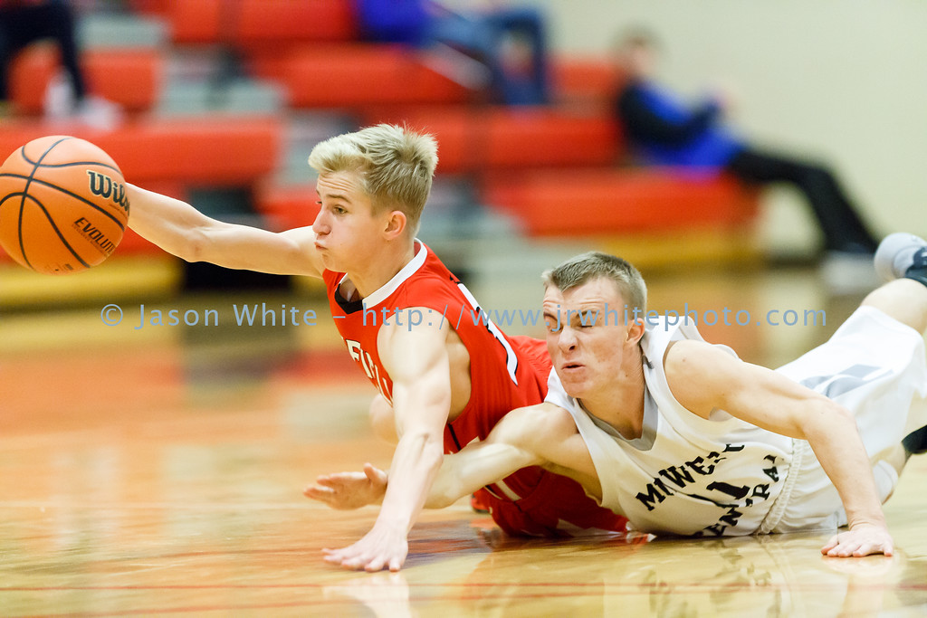 20151124_brimfield_vs_midwest_central_0040