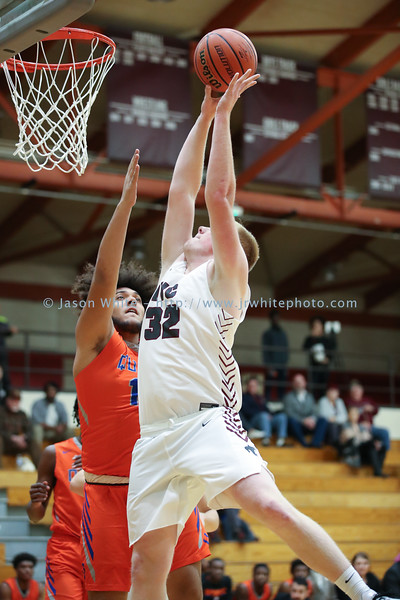 20191210_ivc_vs_quest_basketball_0170