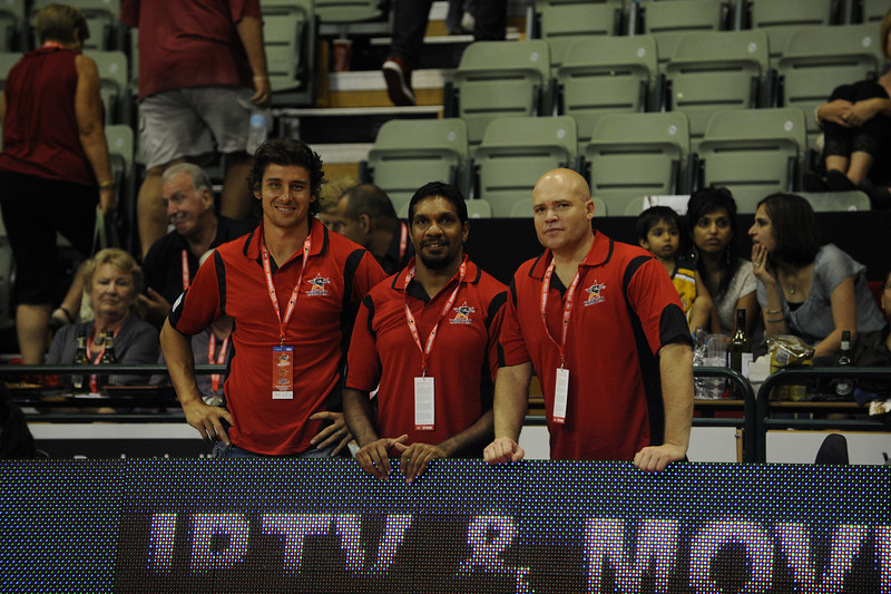 Andrew Embley and David Wirrpanda joined Simon Devlin at Challenge Stadium. We need them to learn from Simon how to get LOUD as the Wildcats went down to the 36ERS. We would love to see you back guys but make sue you follow Simons lead next time ;o)