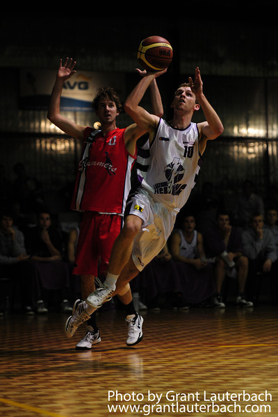 Simon Cochrane had an impressive triple double with 18 points, 13 assists and 10 steals