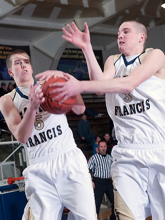Record-Eagle/Douglas Tesner<br /> <br /> Boys Basketball St Francis vs Gaylord