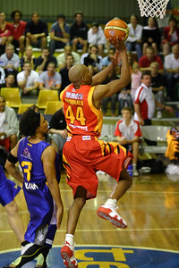 D-Mac (Darryl McDonald) beats CJ Bruton- NBL Blitz, Coffs Harbour, 8-9 September 2006