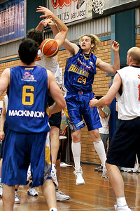 Specialist defender, Kiwi Dillon Boucher, blocks a 36er - NBL Blitz, Coffs Harbour, 8-9 September 2006