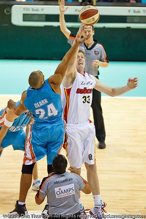 Ira Clark (Blaze) v Luke Nevill (Tigers) - Gold Coast Blaze v Melbourne Tigers NBL Basketball, Sunday 21 November 2010, GCCEC.