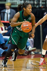 Eastern Michigan University's Senior Guard De'Ja Wills (#15) in the first period of play at the Value City Arena at The Jerome Schottenstein Center in Columbus, Ohio Sunday afternoon November 14, 2010. The Buckeyes defeated the Eagles 74-62. (© James D. DeCamp / Southcreek Global Media)   All Rights Reserved http://www.southcreekglobal.com   For all sales contact: sales@southcreekglobal.com   1-800-934-5030