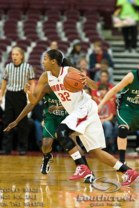 Ohio State University's Freshman Guard Brianna Sanders (#32) in the second period of play at the Value City Arena at The Jerome Schottenstein Center in Columbus, Ohio Sunday afternoon November 14, 2010.   The Lady Buckeyes have been ranked in the Associated Press Top 25 for 116 straight weeks and start their season ranked 7th in both preseason polls.  The Buckeyes defeated the Eagles 74-62. (© James D. DeCamp / Southcreek Global Media)   All Rights Reserved http://www.southcreekglobal.com   For all sales contact: sales@southcreekglobal.com   1-800-934-5030