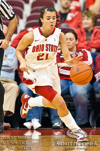 Ohio State University's Junior Guard Samantha Prahalis (#21) in the first period of play at the Value City Arena at The Jerome Schottenstein Center in Columbus, Ohio Monday evening November 22, 2010. The Buckeyes defeated the Lady Bucs 80-47. This was the first game of the season for Prahalis following her suspension for an NCAA secondary rules violation. (© James D. DeCamp / Southcreek Global Media) | All Rights Reserved | http://www.southcreekglobal.com | For all sales contact: sales@southcreekglobal.com | 1-800-934-5030