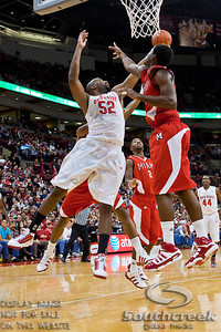Ohio State University's Senior Forward Dallas Lauderdale (#52) in the first period of play at the Value City Arena at The Jerome Schottenstein Center in Columbus, Ohio Friday afternoon November 26, 2010. The Buckeyes defeated the RedHawks 66-45.  (© James D. DeCamp / Southcreek Global Media) | All Rights Reserved | http://www.southcreekglobal.com | For all sales contact: sales@southcreekglobal.com | 1-800-934-5030