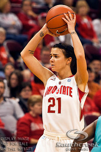 Ohio State University's Junior Guard Samantha Prahalis (#21) in the first period of play at the Value City Arena at The Jerome Schottenstein Center in Columbus, Ohio Sunday afternoon November 28, 2010. The Buckeyes defeated the Lady Seahawks 88-69.   (© James D. DeCamp / Southcreek Global Media) | All Rights Reserved |http://www.southcreekglobal.com | For all sales contact: sales@southcreekglobal.com | 1-800-934-5030