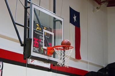 2011-12-01 Schimelpfenig Basketball
