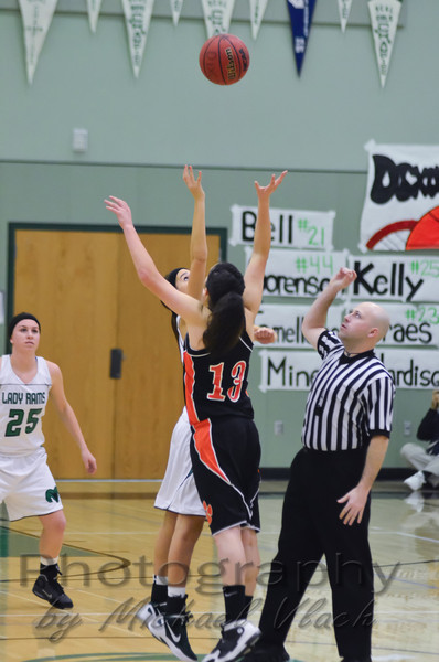 2011 Dixon Varsity Girls vs Roseville