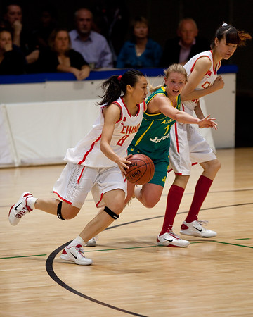 "Hanna Zavecz - Opals v China International Women's Basketball, Logan Metro Sports Centre, Crestmead, Queensland, Australia; 24 July 2011. Photos by Des Thureson:  <a href=""http://disci.smugmug.com"">http://disci.smugmug.com</a>."