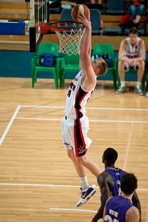 "Luke Nevill - Grand Final: Perth Wildcats v Sydney Kings - Finals Day, Sunshine State Challenge Pre-season NBL Basketball, Chandler, Brisbane, Queensland, Australia; Saturday 24 September 2011. Photos by Des Thureson:  <a href=""http://disci.smugmug.com"">http://disci.smugmug.com</a>."