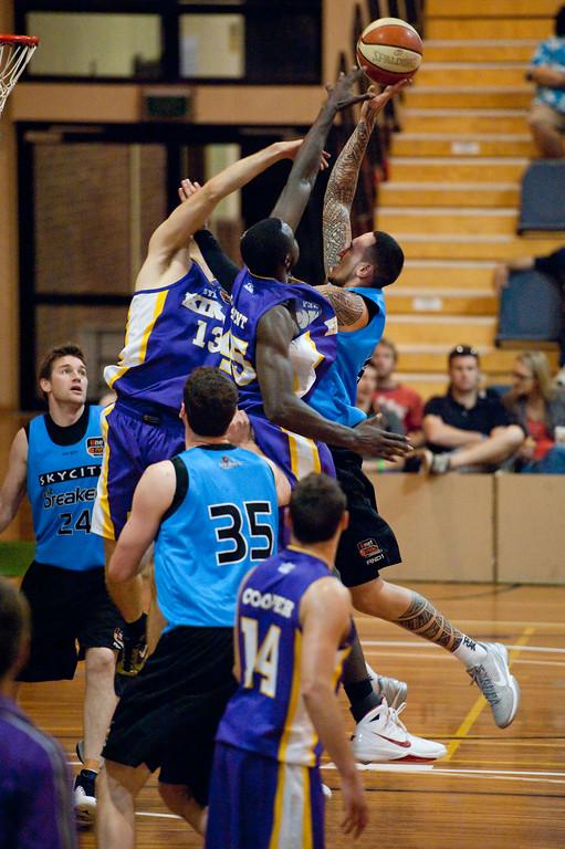 "Leon Henry, Jerai Grant - Sydney Kings v New Zealand Breakers - Sunshine State Challenge Pre-season NBL Basketball, Southport School, Gold Coast, Queensland, Australia; 22 September 2011. Photos by Des Thureson:  <a href=""http://disci.smugmug.com"">http://disci.smugmug.com</a>."