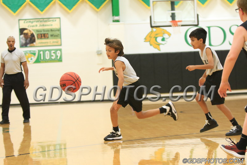 Six grade vs StPius_12102019_345