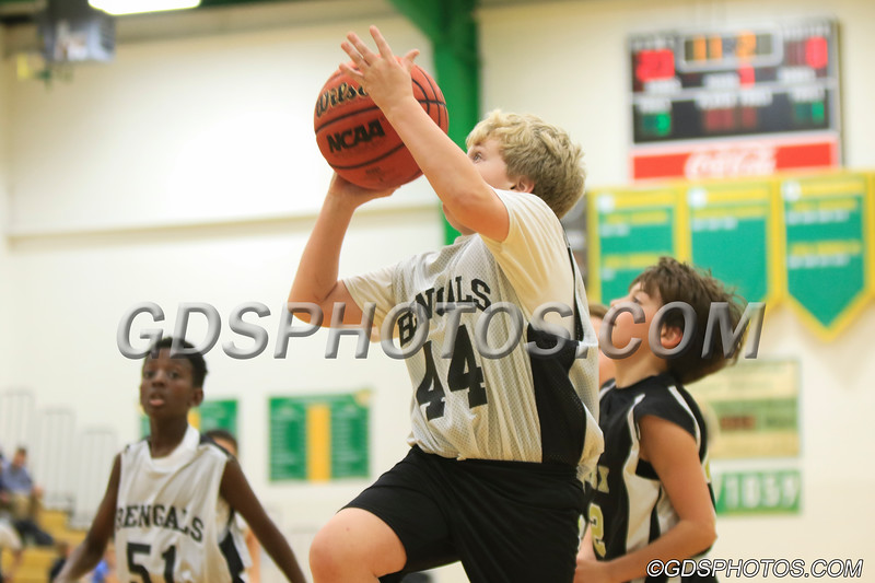 Six grade vs StPius_12102019_284