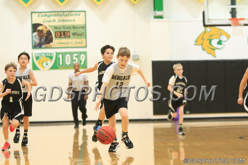 Six grade vs StPius_12102019_311