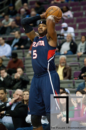 Feb 25, 2013; Auburn Hills, MI, USA; Atlanta Hawks small forward Josh Smith (5) during the first quarter against the Detroit Pistons at The Palace. Mandatory Credit: Tim Fuller-USA TODAY Sports