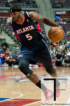 Oct 26, 2012; Auburn Hills, MI, USA; Atlanta Hawks small forward Josh Smith (5) drives to the basket against the Detroit Pistons during the second quarter  at The Palace. Mandatory Credit: Tim Fuller-US PRESSWIRE