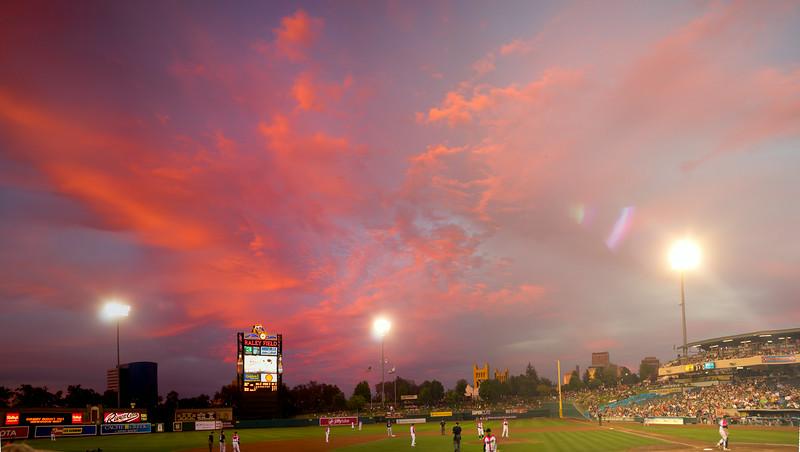 2014_August_29_sunset_raley_field_11