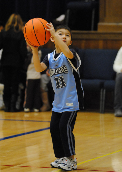 Basketball Feb 5, 2011