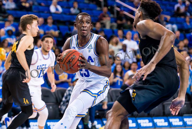 0270Cal state LA 17-18 basketball