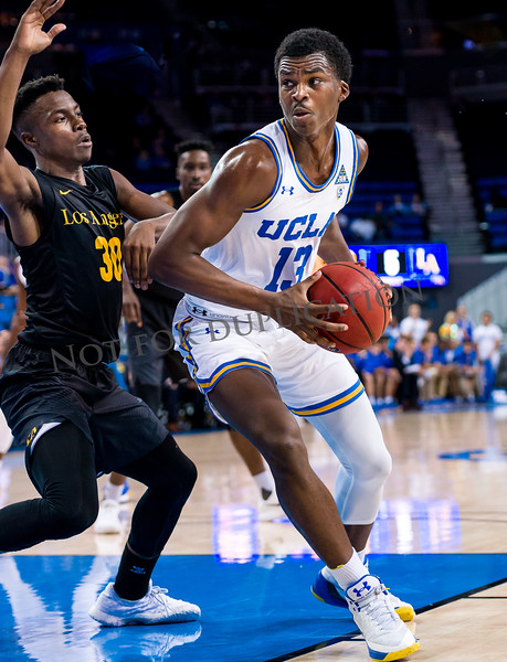 0040Cal state LA 17-18 basketball