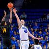 0186Cal state LA 17-18 basketball