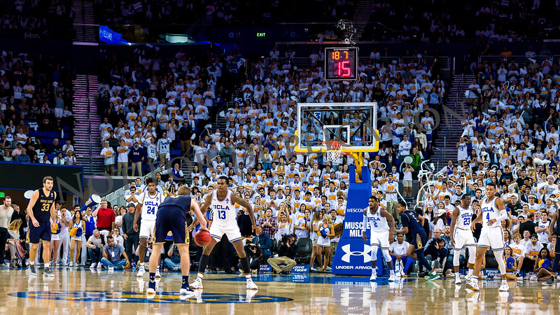 0096Notre Dame 18 bball