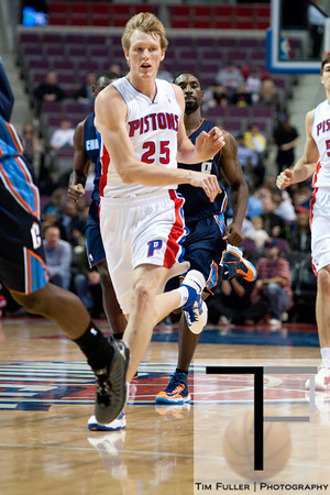 Oct 20, 2012; Auburn Hills, MI, USA; Detroit Pistons small forward Kyle Singler (25) passes the ball up court during the game against the Charlotte Bobcats at The Palace. Detroit won 85-80.  Mandatory Credit: Tim Fuller-US PRESSWIRE