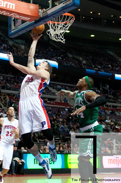Nov 18, 2012; Auburn Hills, MI, USA; Detroit Pistons small forward Kyle Singler (25) during the third quarter against the Boston Celtics at The Palace. Detroit won 103-83. Mandatory Credit: Tim Fuller-US PRESSWIRE