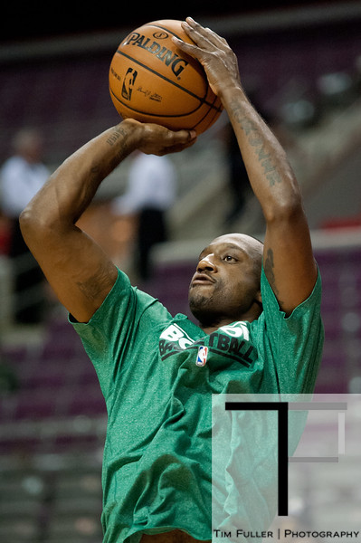 Nov 18, 2012; Auburn Hills, MI, USA; Boston Celtics shooting guard Jason Terry (4) warms up before the game against the Detroit Pistons at The Palace. Mandatory Credit: Tim Fuller-US PRESSWIRE