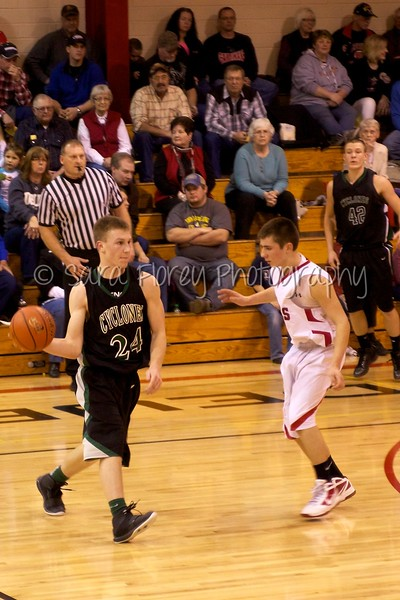 Cyclone Basketball 371