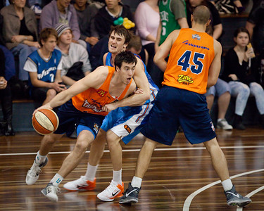 Cairns Taipans v Gold Coast Blaze Pre-season NBL Basketball. Photos by Des Thureson - http://disci.smugmug.com