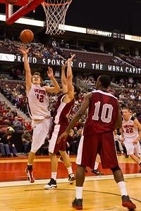 Tyson Hinz to the hoop