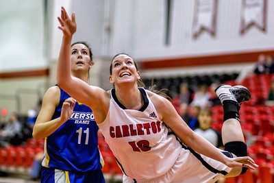 Kendall MacLeod under the basket with Ryerson's Kelsey Wright