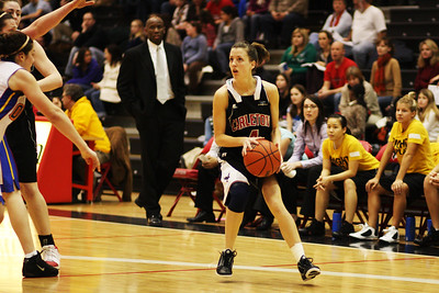 IMG_7381 Ravens vs Queens  Tanya Perry thinking shot. (photo by murray.mccomb@sympatico.ca).