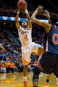 February 21, 2013:  guard Kamiko Williams #4 of the Tennessee Lady Volunteers shoots the ball during the NCAA basketball game between the University of Tennessee  Lady Volunteers and the Auburn Tigers at Thompson-Boling Arena in Knoxville, TN
