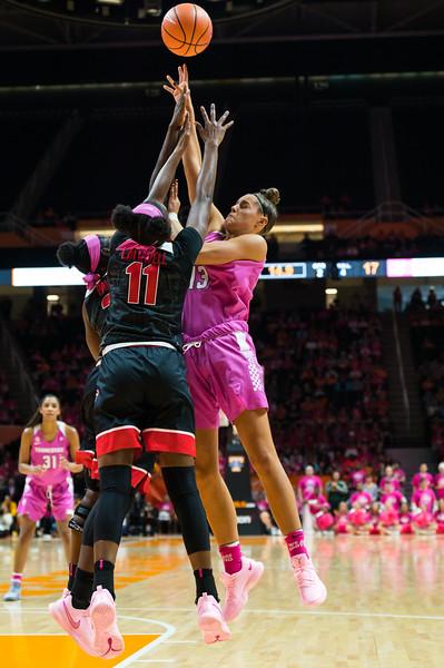 NCAA Basketball 2018: Georgia vs Tennessee FEB 11