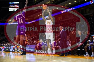 NCAA Basketball 2017: High Point vs Tennessee NOV 14