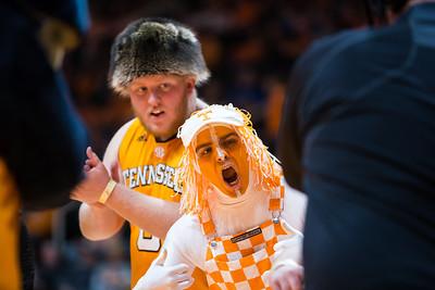 NCAA Basketball 2018: Kentucky vs Tennessee JAN 06